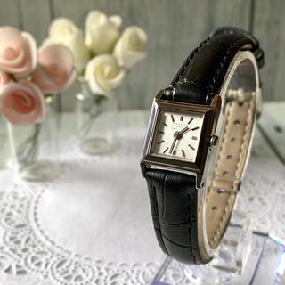 MARGARET HOWELL - 【電池交換済み】MARGARET HOWELL 腕時計 スクエア シルバー