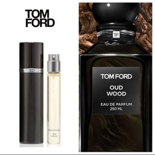 TOM FORD - ◆TOM FORD◆Oud Wood ウード・ウッド パルファム・アトマイザー