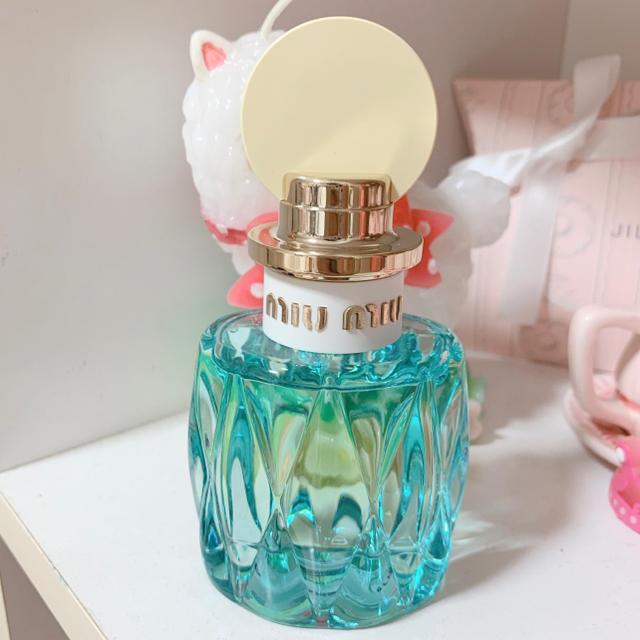 miumiu(ミュウミュウ)のj様専用 miumiu ロー ブルー オールドパルファム コスメ/美容の香水(香水(女性用))の商品写真