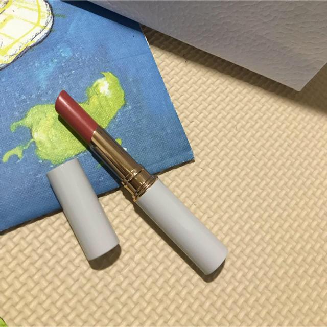 Cosme Kitchen(コスメキッチン)のトーン ペタルエッセンスリップ 211 コスメ/美容のベースメイク/化粧品(口紅)の商品写真