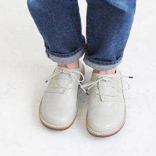 トリッペン(trippen)の【新品】Trippen/Haferl avorio(37)(ローファー/革靴)