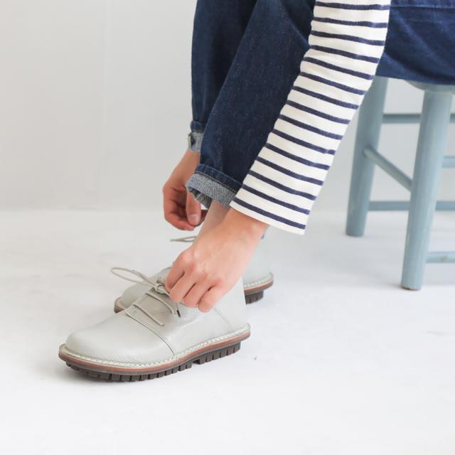 trippen(トリッペン)の【新品】Trippen/Haferl avorio(38) レディースの靴/シューズ(ローファー/革靴)の商品写真