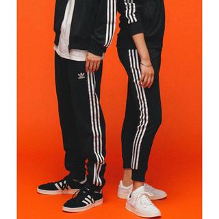 adidas - adidas トラックパンツ [SST TRACK PANTS]