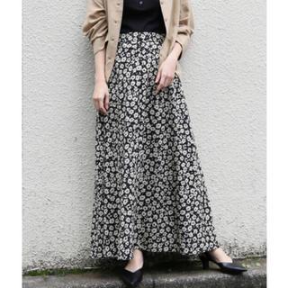 LOWRYS FARM - 新品タグ付き ローリーズ  ハナクルミボタン スカート