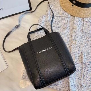 バレンシアガ(Balenciaga)のBalenciagaショルダーバッグ  ハンドバッグ 高品質 超人気(ハンドバッグ)