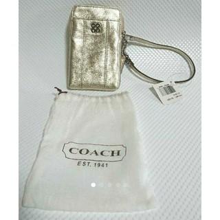 コーチ(COACH)のCOACH F61661  ゴールドケース(名刺入れ/定期入れ)