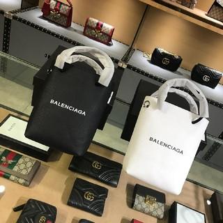 バレンシアガ(Balenciaga)のBalenciagaバレンシアガ 新品 ミニショルダーバッグ (ショルダーバッグ)