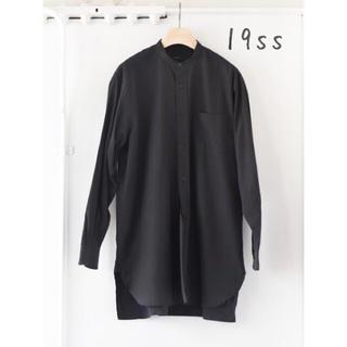 COMOLI - 19ss comoli サイズ3 ブラック バンドカラー シャツ