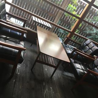 カリモクカグ(カリモク家具)のカリモク テーブル&チェアー5点セット(ソファセット)