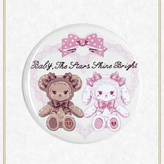 BABY,THE STARS SHINE BRIGHT - 【新品】くみゃちゃんのリボンとレース缶バッジ(クリーム)