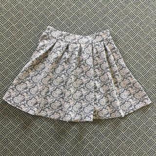 イング(INGNI)のINGNI 花柄 スカート(ひざ丈スカート)