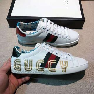 グッチ(Gucci)のGUCCI スニーカー (スニーカー)