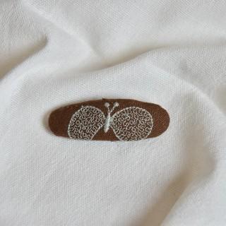 ミナペルホネン(mina perhonen)のパッチンピン(ファッション雑貨)