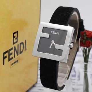 フェンディ(FENDI)の正規品【新品電池】FENDI 4000L/ズッカ ブラック 動作OK(腕時計)