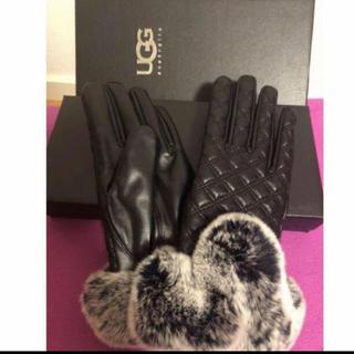 アグ(UGG)の日本新入荷 🉐可愛い兎毛レザー手袋 箱付き (手袋)