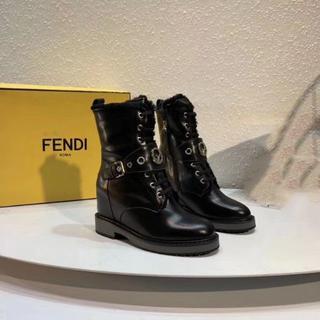 FENDI - フェンディ ショートブーツ 39