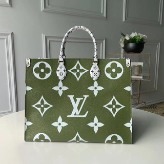 LOUIS VUITTON - 大人気🔥 手提げ袋