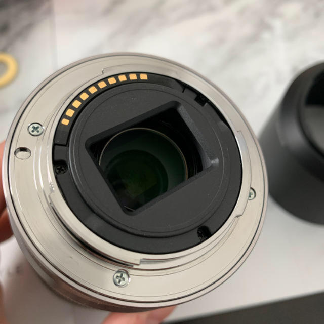 SONY(ソニー)のSEL55210 SONY ほぼ未使用 美品 スマホ/家電/カメラのカメラ(レンズ(ズーム))の商品写真