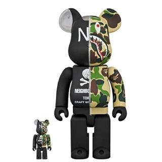 A BATHING APE - BAPE NEIGHBORHOOD BE@RBRICK 400% 100%