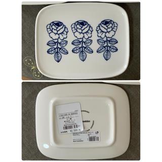 マリメッコ(marimekko)のプレート (ホワイト×ブルー) ◆日本限定 ヴィヒキルース vihkiruusu(食器)