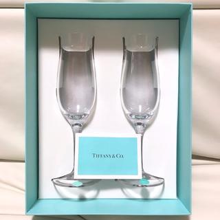 ティファニー(Tiffany & Co.)のTIFFANY & Co. 【未使用】 ペア シャンパングラス ★ 模様入り(グラス/カップ)