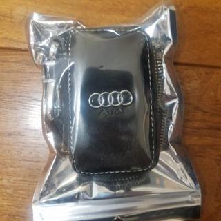 アウディ(AUDI)のアウディ Audi キーケース スマートキーケース (車内アクセサリ)