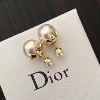 Dior - 大人気の DIORピアス
