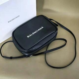 バレンシアガ(Balenciaga)のBALENCIAGA カメラバッグ (ショルダーバッグ)