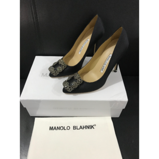 マノロブラニク(MANOLO BLAHNIK)の35/22cmマノロブラニク ハンギシ ブラック (ハイヒール/パンプス)