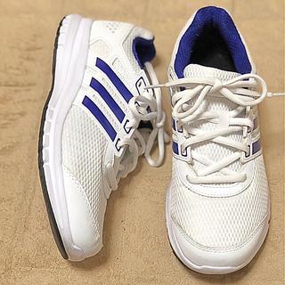 アディダス(adidas)のスニーカー アディダス 23センチ(スニーカー)