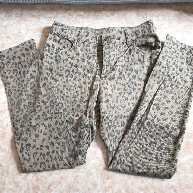 ニッセン(ニッセン)のレオパード柄パンツ レディースのパンツ(カジュアルパンツ)の商品写真