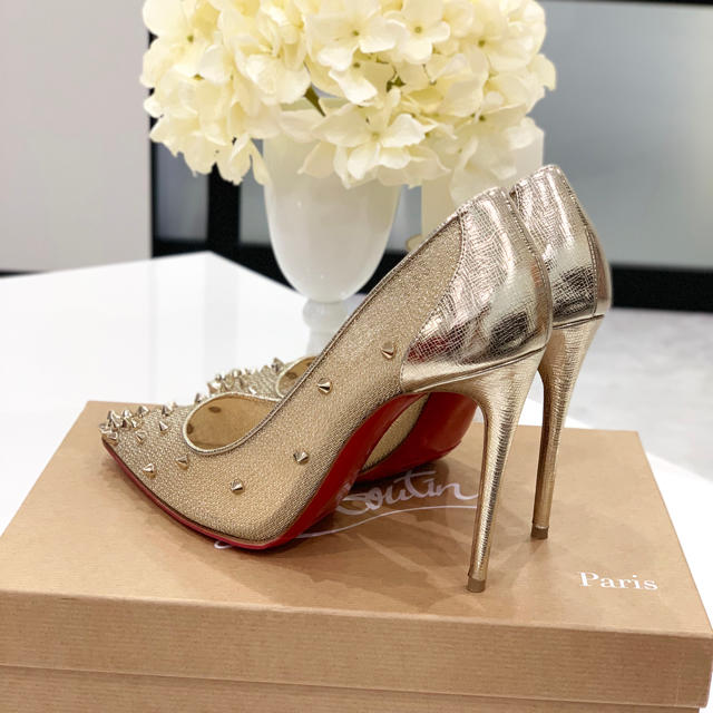 Christian Louboutin(クリスチャンルブタン)の1180 クリスチャンルブタン メッシュ スタッズ パンプス レディースの靴/シューズ(ハイヒール/パンプス)の商品写真