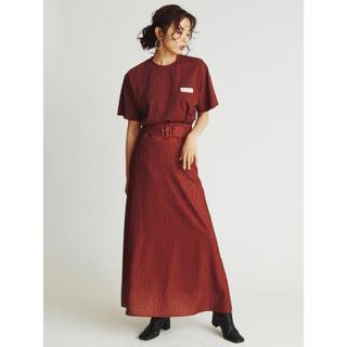 ミラオーウェン(Mila Owen)のミラオーウェン 花柄ストレートスカート(ロングスカート)