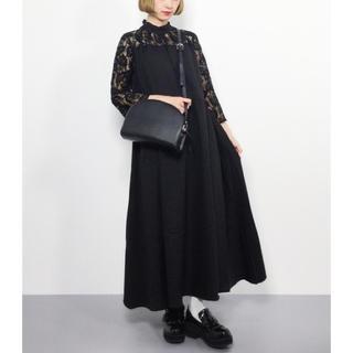 メルロー(merlot)のバックリボン スタンドカラー ドレス ワンピース merlot plus(ロングドレス)