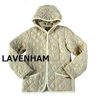 ラベンハム(LAVENHAM)のLAVENHAM フード付き キルティング ブルゾン 4452 ベージュ サイズ(その他)
