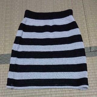 ジーユー(GU)のGU アクリル スカート(ひざ丈スカート)