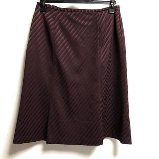 セミタイトスカート(ひざ丈スカート)
