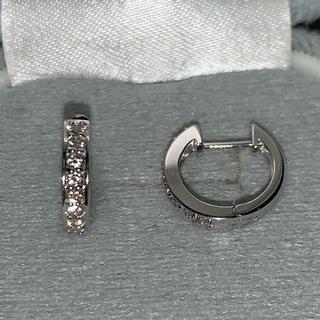 新品 未使用 K18WG ダイヤ 0.3ct 中折れ エタニティ フープピアス