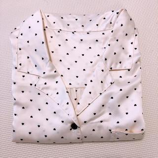 ジーユー(GU)の新品未使用 サテン ワンピース パジャマ XL(パジャマ)