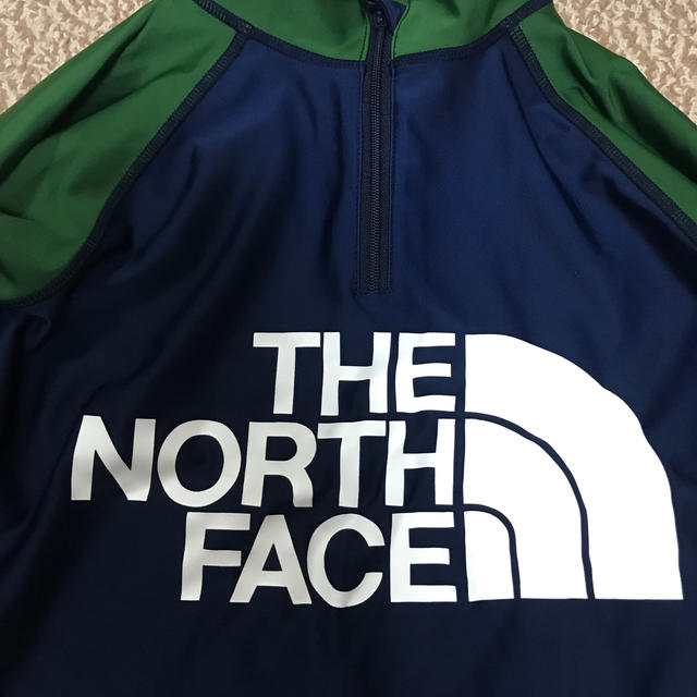 THE NORTH FACE(ザノースフェイス)のノースフェイス サンシェードハーフジップアップ ラッシュガード  120サイズ キッズ/ベビー/マタニティのキッズ服 男の子用(90cm~)(水着)の商品写真
