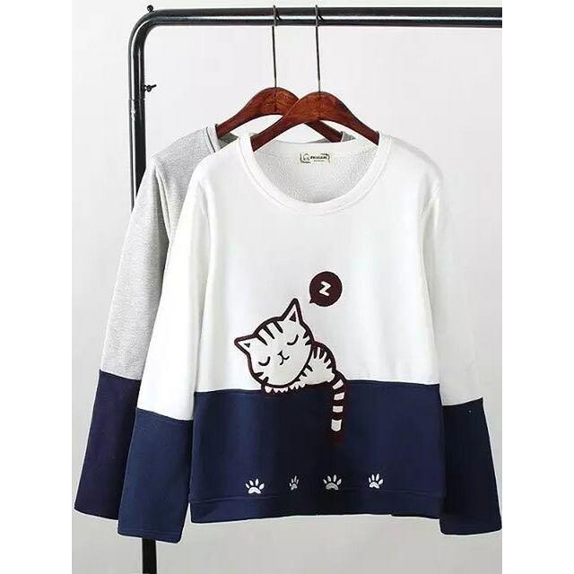 新品☆裏起毛♪猫ちゃん♪可愛いトップス グレー XL レディースのトップス(カットソー(長袖/七分))の商品写真