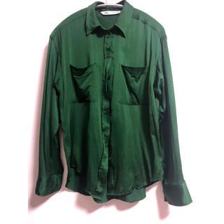 ザラ(ZARA)のZARA ポケット付き サテンシャツ(シャツ/ブラウス(長袖/七分))
