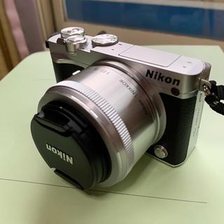 Nikon - Nikon J5 ミラーレス一眼カメラ
