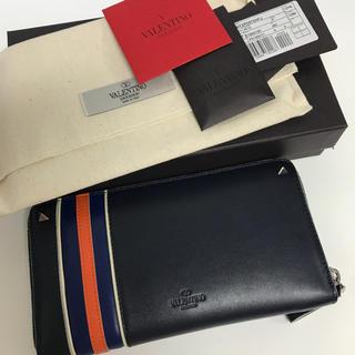 ヴァレンティノ(VALENTINO)のスポーティライン 長財布(長財布)
