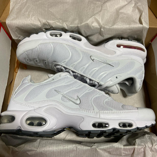 NIKE - AIR MAX PLUS 27.5cm