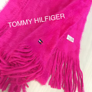 TOMMY HILFIGER - TOMMY HILFIGER♡ショッキングピンク マフラー 新品