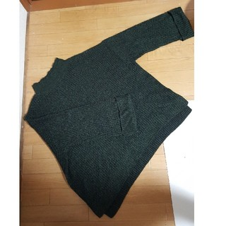 ジーユー(GU)の深緑幅広めなニットGU(*^^*)XXLサイズ(ニット/セーター)
