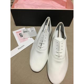 レペット(repetto)のrepetto(レペット) ZIZI  BLANC(白)エナメル 39.5 新品(ローファー/革靴)