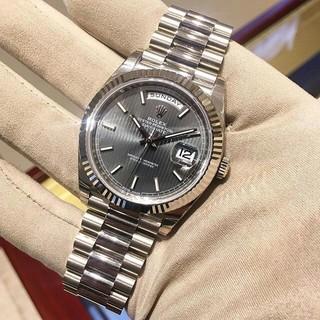 ROLEX -  ロレックスの日曜日カレンダー228239白金灰面機械男子時計