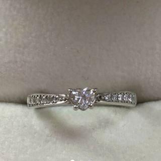 スタージュエリー(STAR JEWELRY)の特別値下げ中☆スタージュエリー   ダイヤ  エンゲージリング   婚約指輪(リング(指輪))